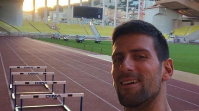 Джокович показа атлетически способности в Монте Карло (видео)
