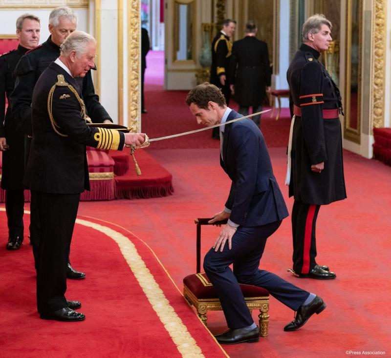 Мъри получи рицарско звание