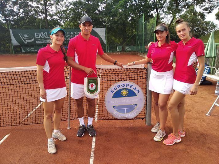 Девойките на България победиха Швеция на Европейската отборна купа