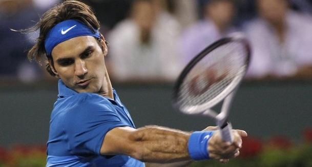 Федерер се справи с предизвикателството на Раонич (видео)