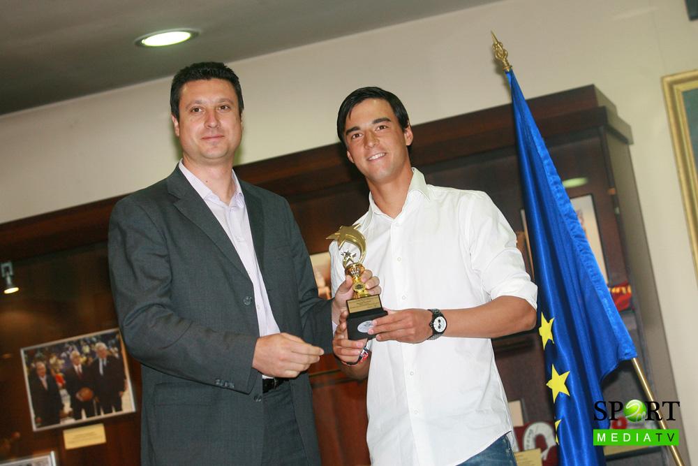 Димитър Кузманов в топ 3 на най-талантливите младоци