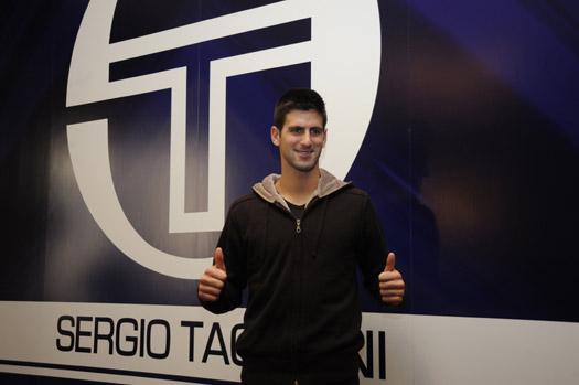Новак Джокович сменя Sergio Tacchini с Nike?