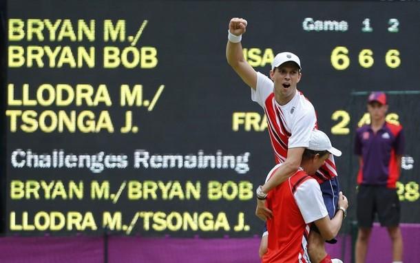 Близнаците Браян се окичиха и със златен олимпийски медал