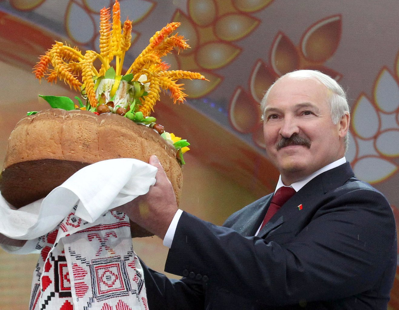 "Лукашенко може да купи Купа ""Кремъл"""