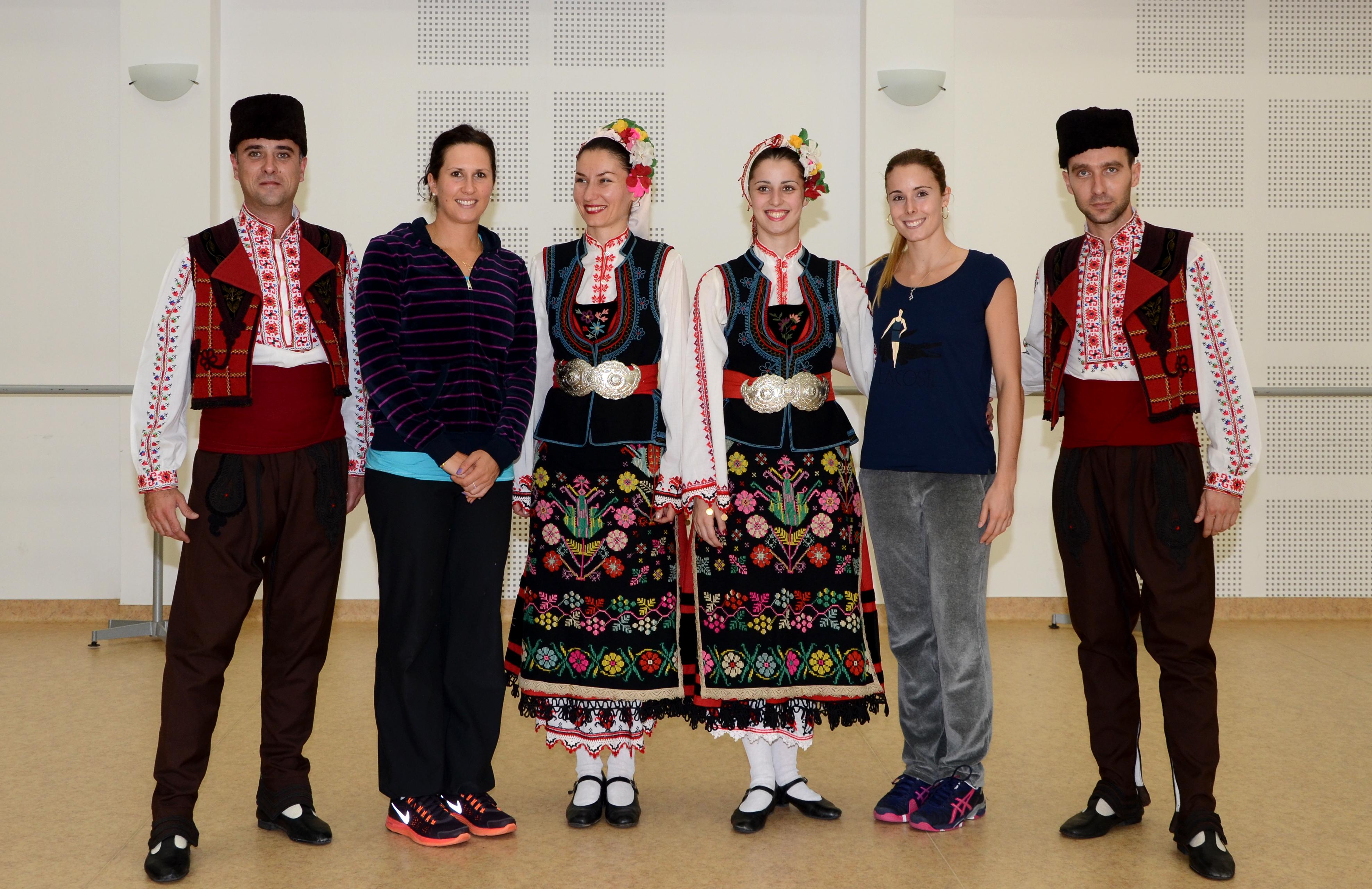 Арвидсон и Корне впечатлени от българския фолклор