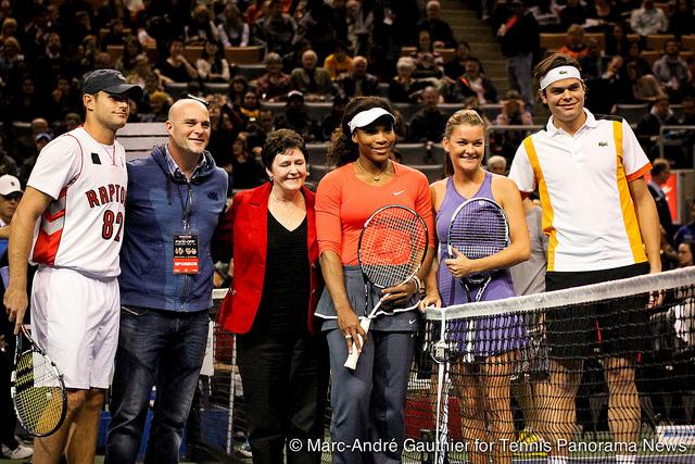 Родик направи шоу в Торонто, завърна се на корта с победа