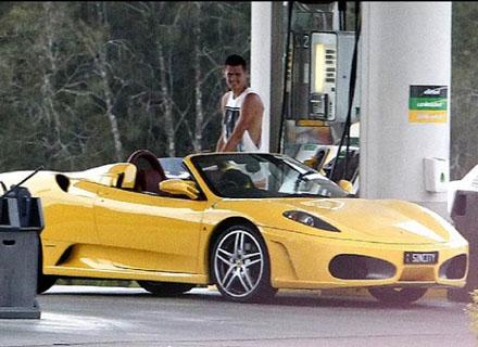 Бърнард Томич си купи Ferrari F430 (снимки)