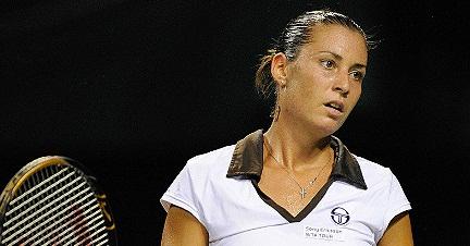 Флавия Пенета пропуска Australian Open 2013