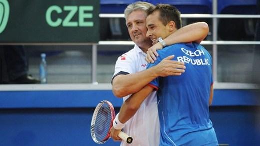 Шампионът Чехия продължава защитата на трофея
