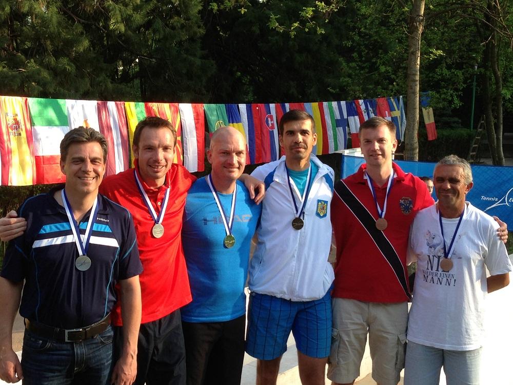 Български успехи в началото на надпреварата на двойки