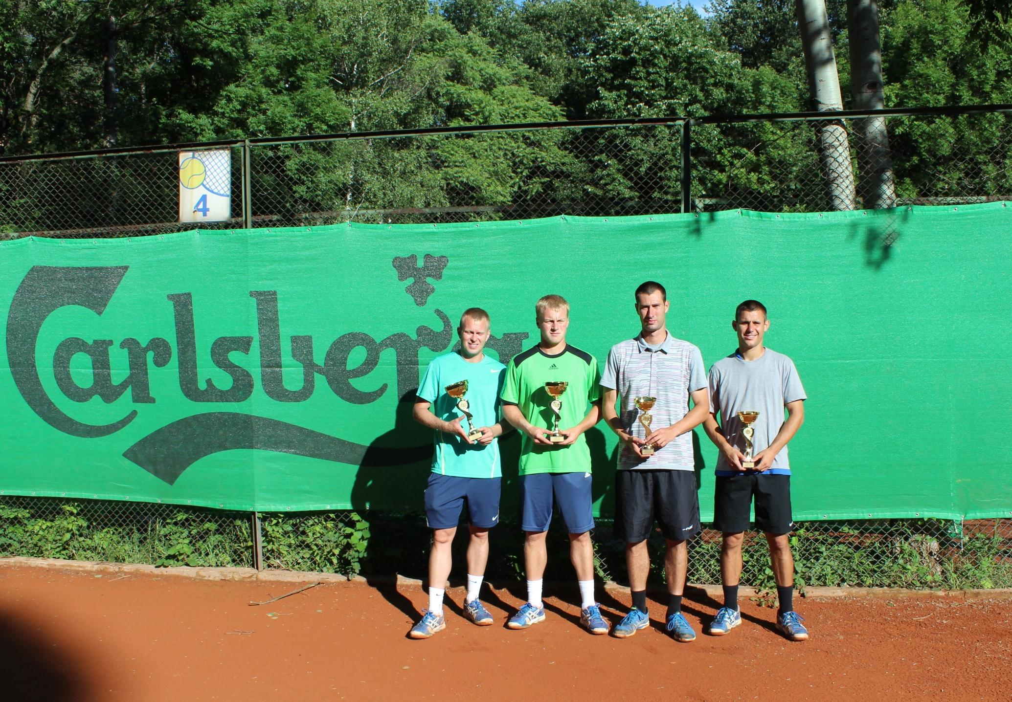 Халачев и Трендафилов загубиха финала на Carlsberg Cup
