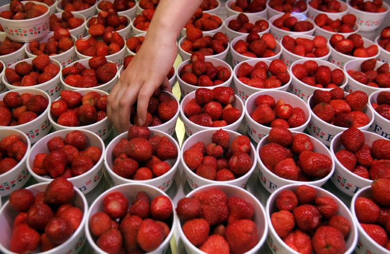 Сериозен удар за традициите - пиците вървят колкото ягодите!