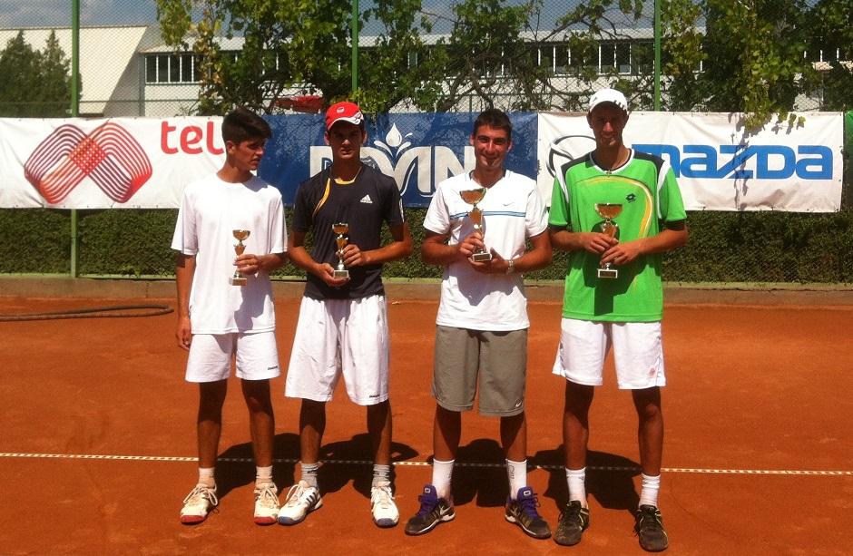 Българи с титла от международния турнир до 16 години в Хасково