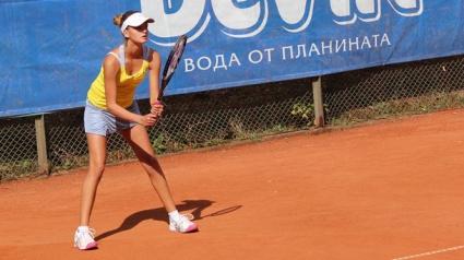 Борислава Ботушарова стартира с победа в Палич