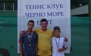 """Играчи от ТК """"Черно море-Елит"""" спечелиха държавния турнир до 14 г."""