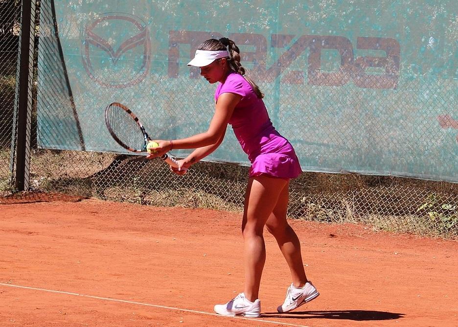 Шиникова и Виктория Томова достигнаха финал на държавното
