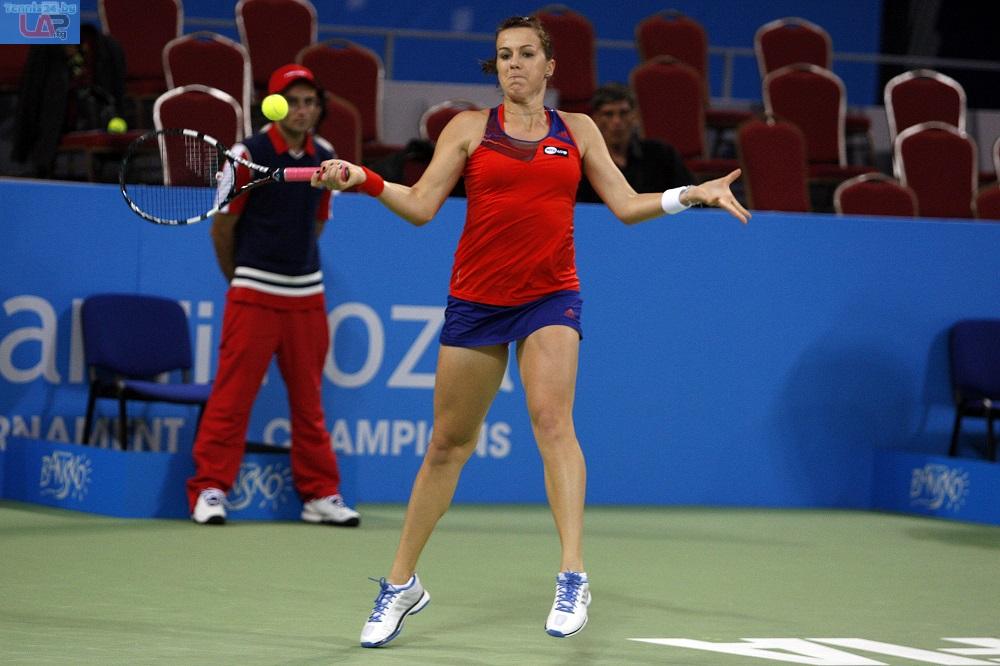 Павлюченкова на полуфинал в София
