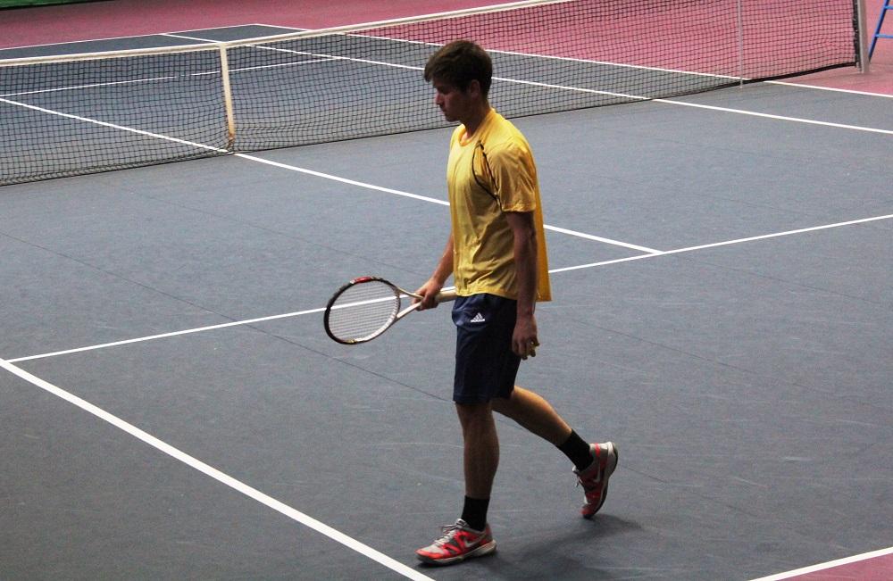 Трима от поставените на полуфинал на турнира в София