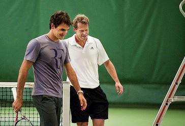 Стефан Едберг помага на Федерер в подготовката за новия сезон