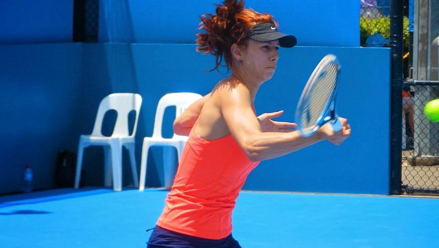 Пиронкова с нова блестяща победа и полуфинал в Сидни