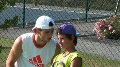 """Син на """"златно момиче"""" игра на Australian Open"""