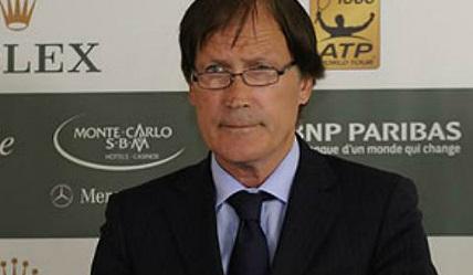 В Монте Карло до последно пазят покана за Федерер