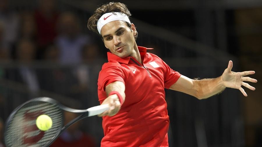 Вавринка с изненадваща загуба, Федерер се завърна с победа