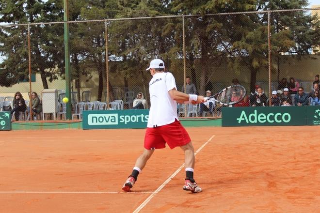 Кутровски се класира за втори кръг на турнир в САЩ