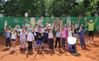 Тенис и куклено шоу за децата в Националния тенис център