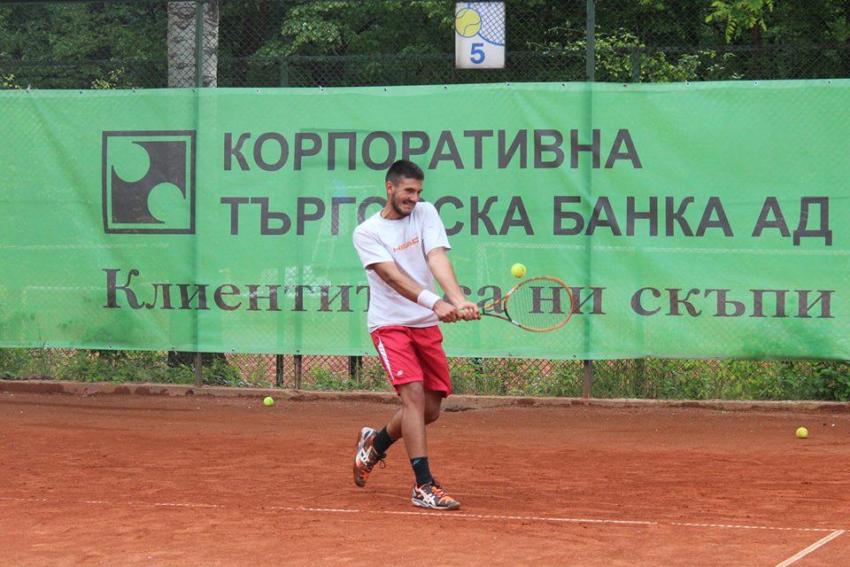 Милушев спаси мачбол и се класира на 1/8 финал в Бургас, победи на Трендафилов и Търпов