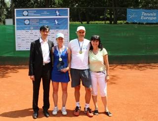 Биляна Павлова спечели два златни медала