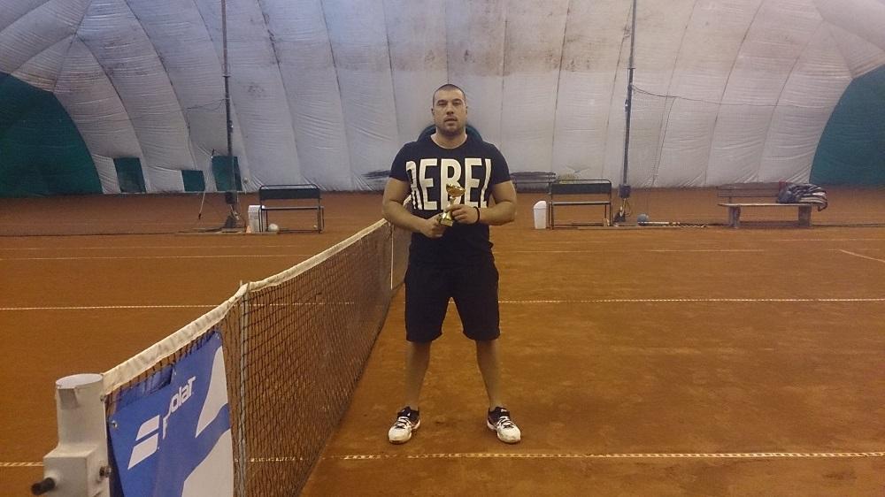 """Наско Маринов отнесе конкуренцията на """"Диана"""""""