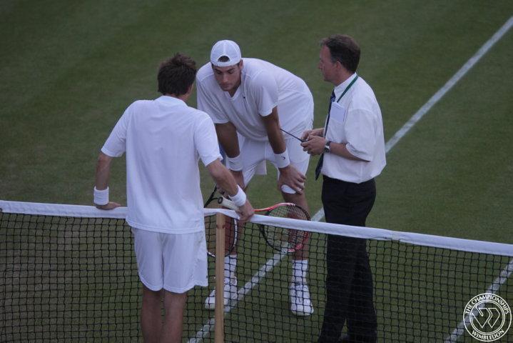 ВИДЕО: Иснър и Маю счупиха рекорда за най-дълъг двубой в историята на тениса