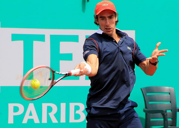 Куевас с обрат и място на четвъртфинал в Истанбул