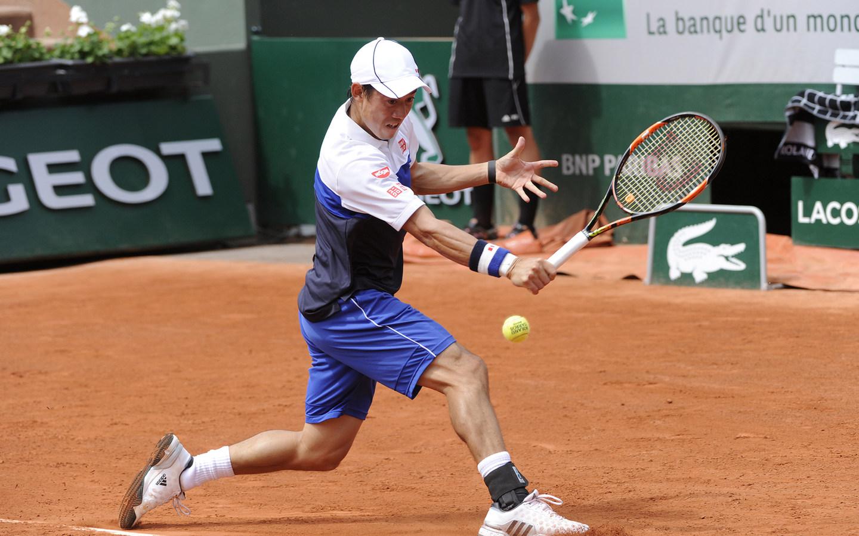 Нишикори за първи път на четвъртфинал в Париж