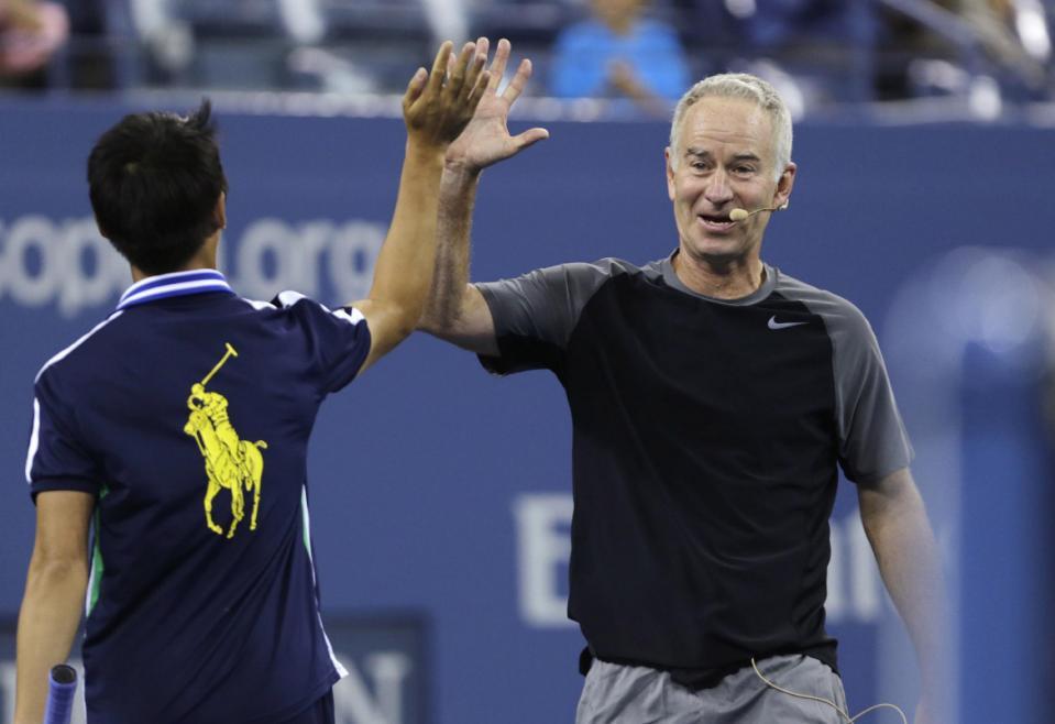 Макенроу и Родик подгряват женски турнир