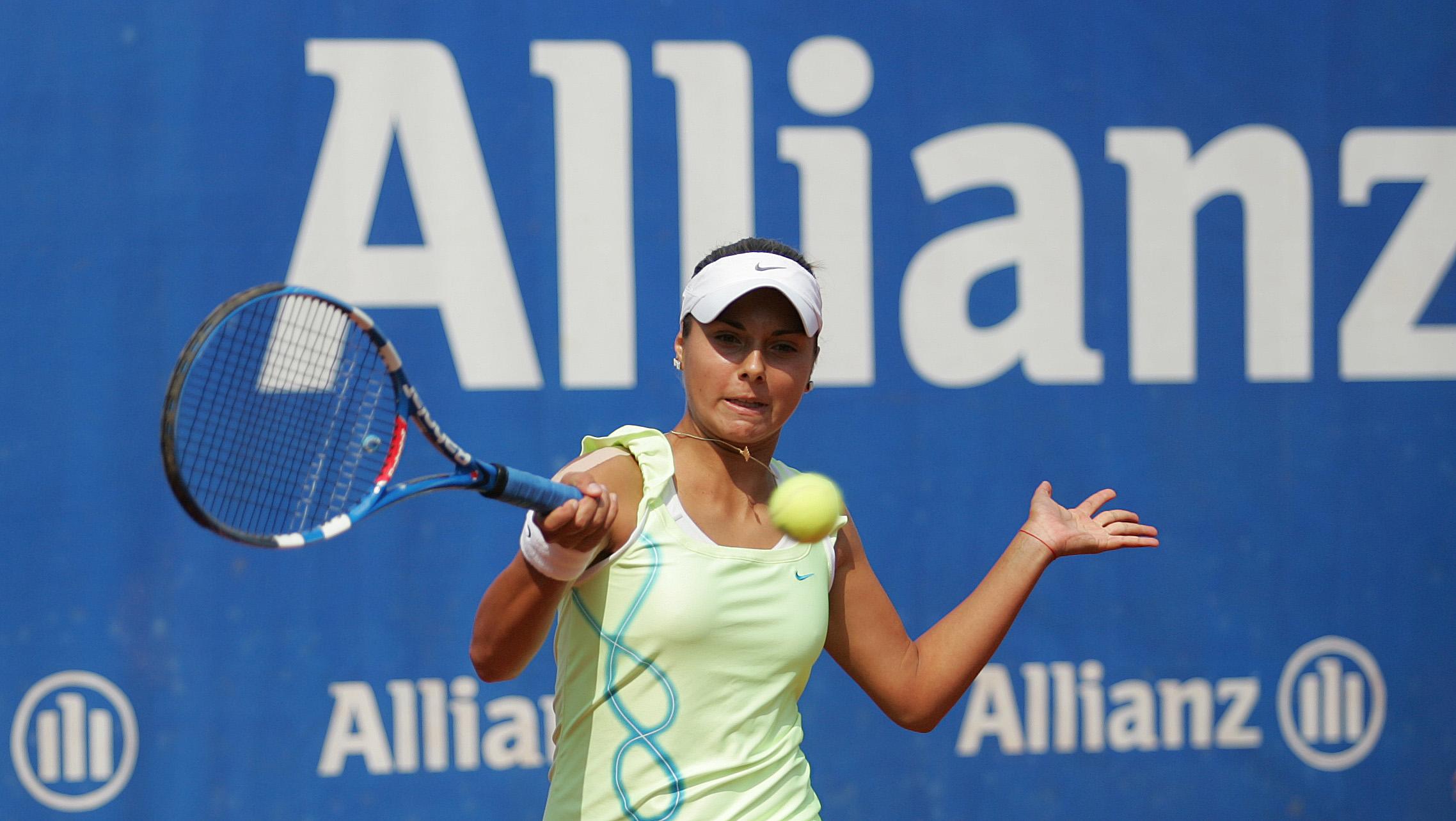 Виктория Томова загуби на старта в София