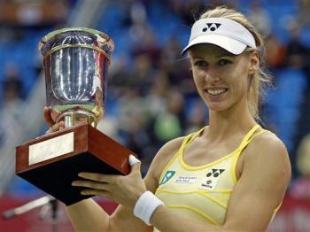 Дементиева се завръща в тениса