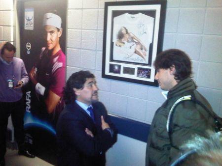 ВИДЕО: Марадона ще учи Надал на футбол