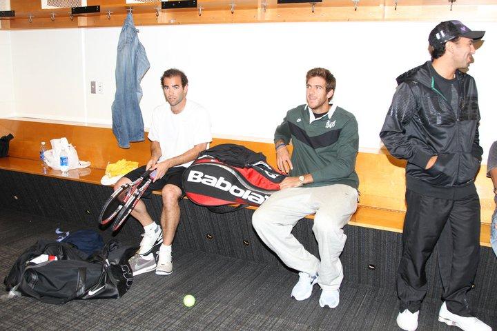 """Сампрас вижда нужда от """"малки промени"""" в играта на Федерер"""