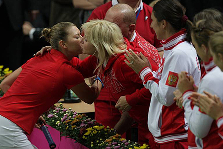 Вера Звонарьова прати Русия на финал за Фед Къп