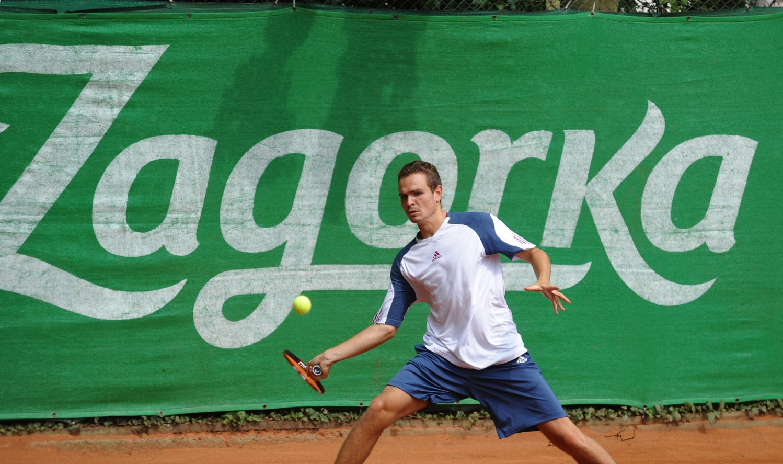 Грозданов и Грозев на осминафинал в София