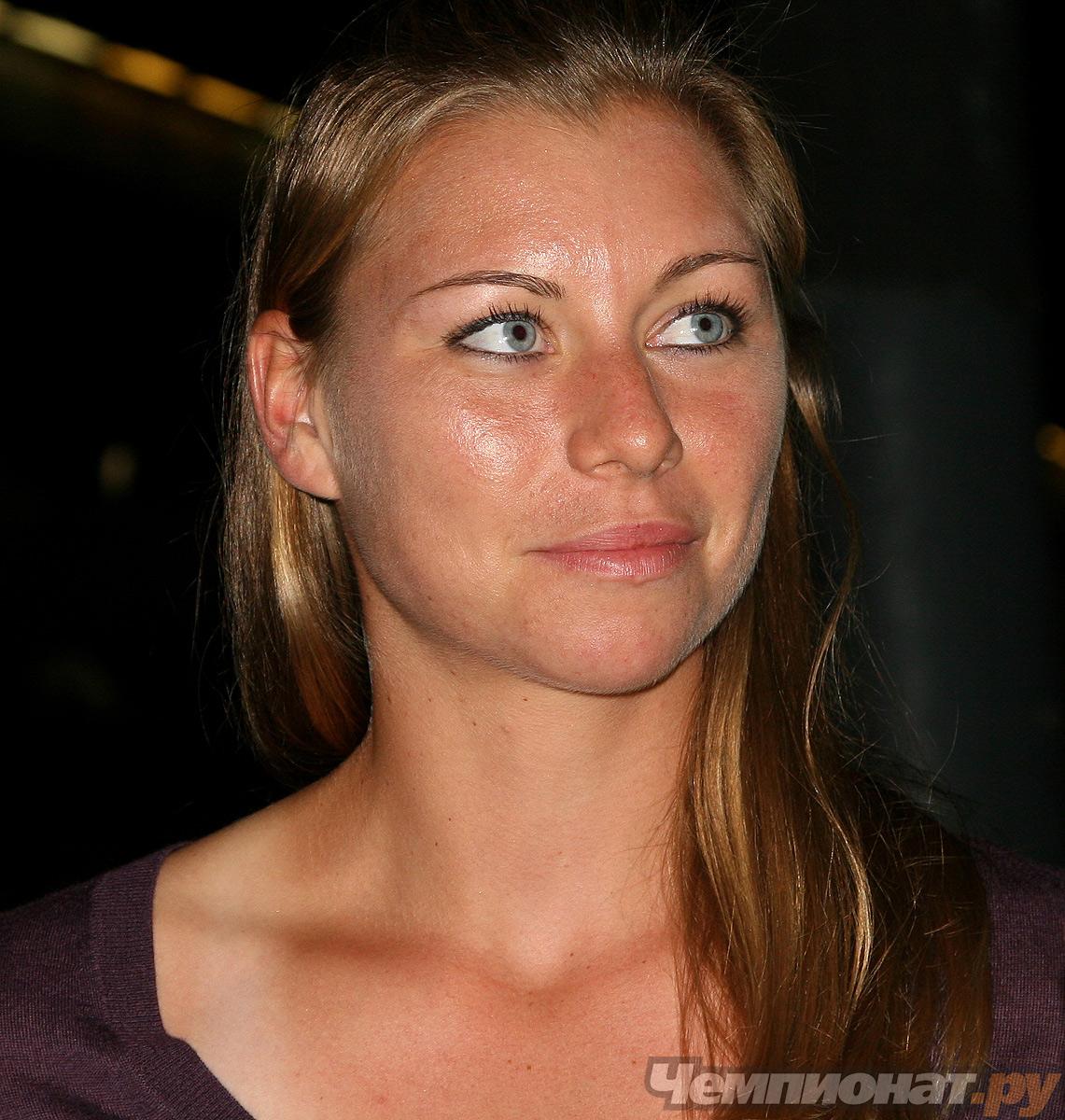 Вера Звонарьова стига №2 в ранглистата при полуфинал