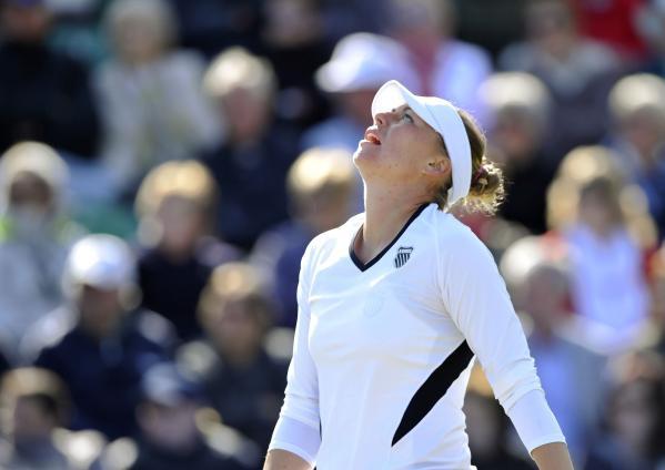 Стосър за седми пореден път победи Звонарьова, Азаренка пак се отказа
