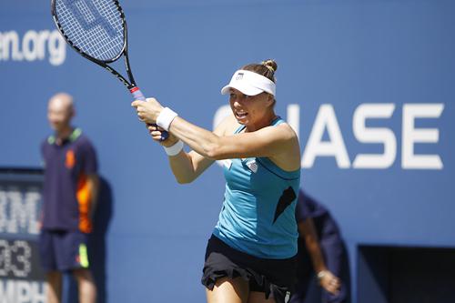 Звонарьова срещу Лизицки в осминафиналите