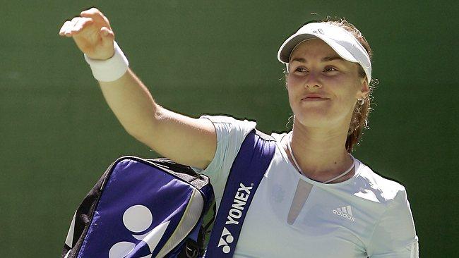 Хингис се завръща на Australian Open, партнира си с Федерер