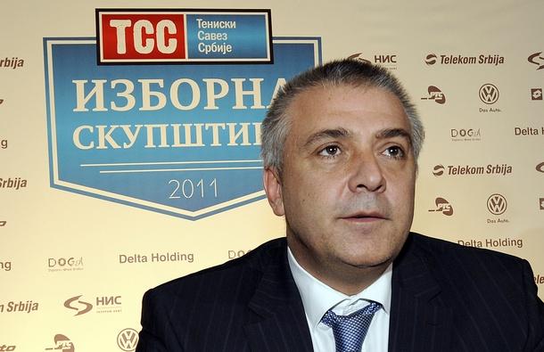 Шефът на сръбския тенис напуска под натиск от семейство Джокович