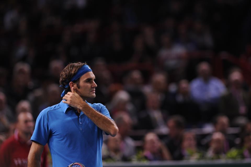 Федерер напредва със стил (видео)