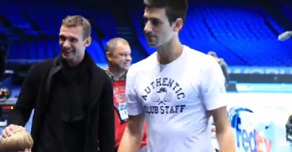 ВИДЕО: Джокович се запозна с Андрий Шевченко и семейството му