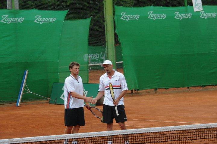Кушев - Енев и Грозданов - Трайков на живо в Тенис24